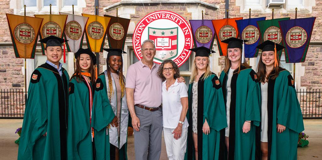 Tom and Jennifer Hillman with member of Washington University's Class of 2021